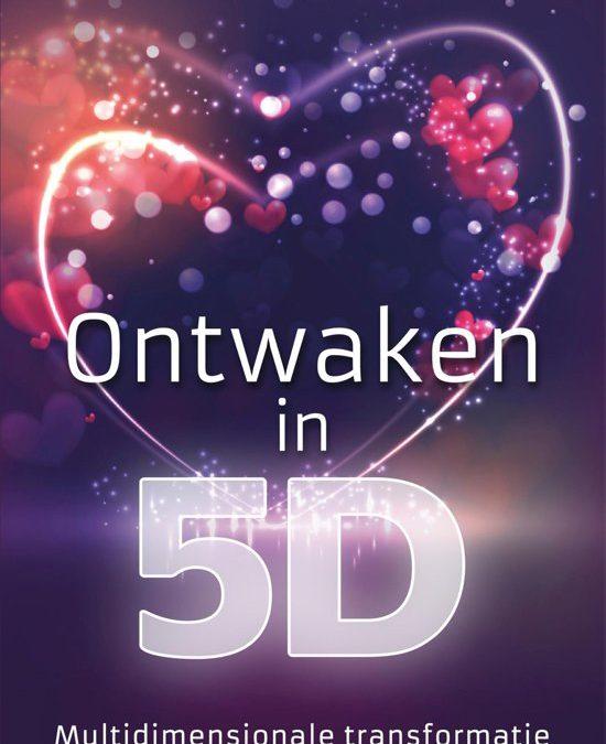 Boek Ontwaken in vijfde dimensie - Chantal Magazine