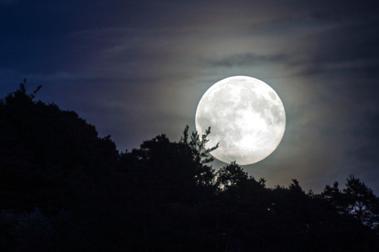 De effecten van de volle maan op de mens